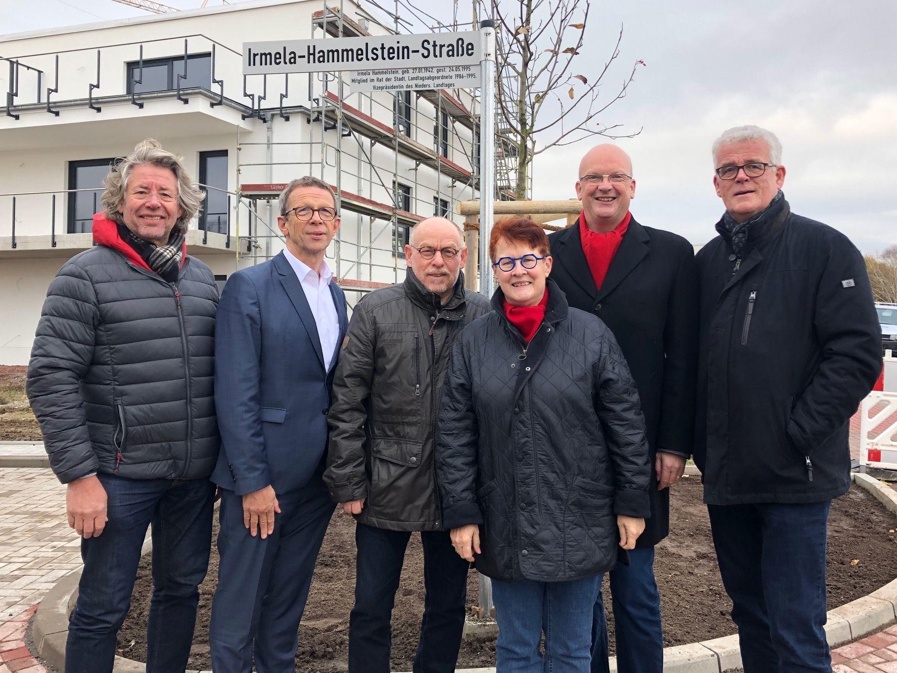 """Die Irmela-Hammelstein-Straße wurde jetzt im Baugebiet """"An der Gärtnerei"""" mitten im Herzen von Ehmen eingeweiht"""